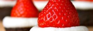 Santa-Hat-Brownies1