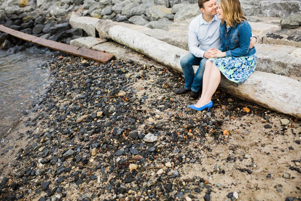 rachel-and-matt_brooklyn-waterfront-engagement-nyc-17-2